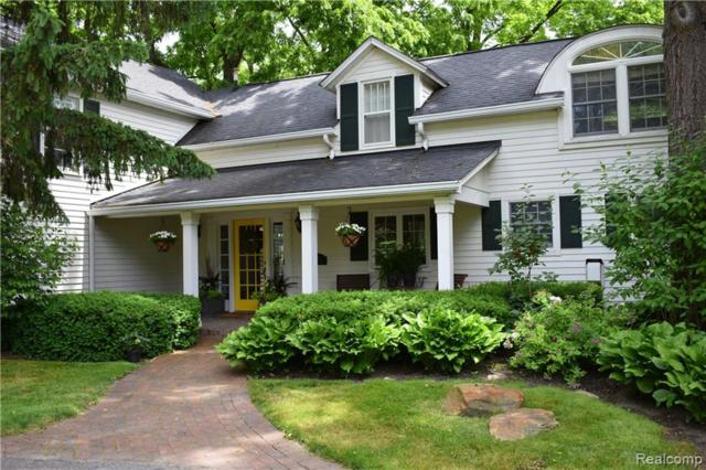 2835 Orchard Place, Orchard Lake, MI 48324 (#219042978) :: RE/MAX Classic