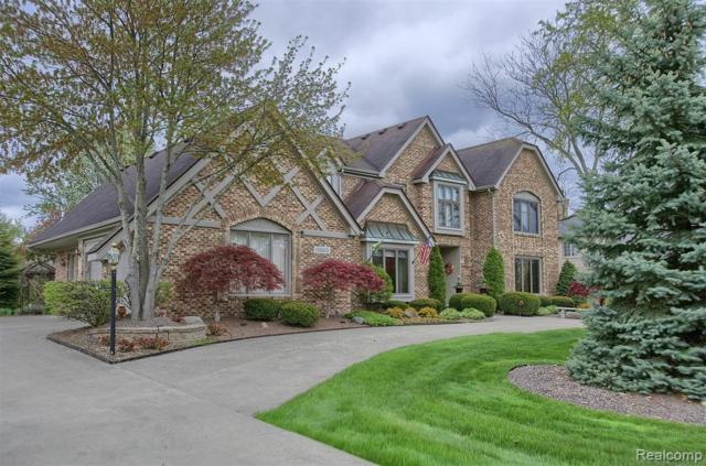 11860 Hunters Creek Drive, Plymouth Twp, MI 48170 (#219043321) :: GK Real Estate Team
