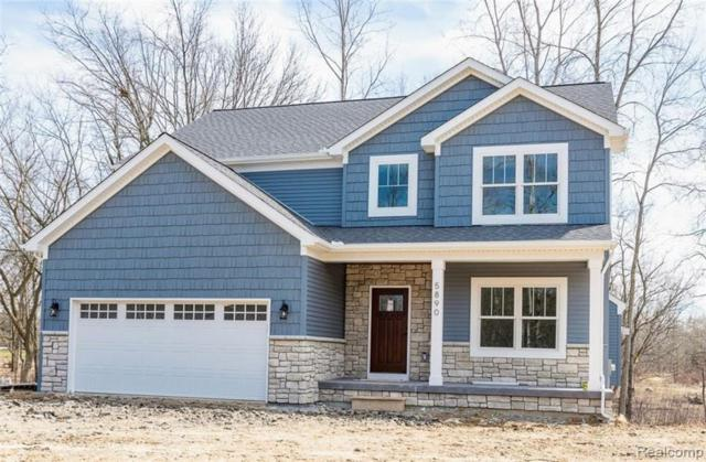 363 Otter Run Drive, Holly Twp, MI 48442 (MLS #219043713) :: The Toth Team