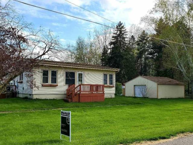 418 E Belle Ave, ST CHARLES, MI 48655 (MLS #5031379984) :: The Toth Team