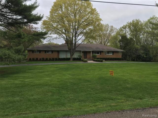 3120 Parkland Dr Drive, West Bloomfield Twp, MI 48322 (#219044975) :: GK Real Estate Team