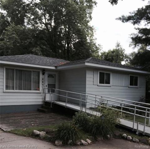4451 Cedar Ave, West Bloomfield Twp, MI 48323 (#219044987) :: RE/MAX Classic
