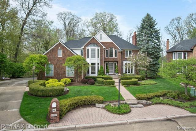 1640 Wakefield Court, Rochester Hills, MI 48306 (#219045592) :: The Alex Nugent Team | Real Estate One