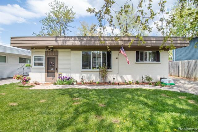 3904 Cresthaven Dr., Waterford Twp, MI 48328 (#219045714) :: RE/MAX Classic