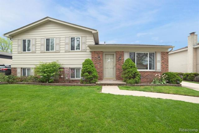 2642 Arrowhead Drive, Troy, MI 48083 (#219045929) :: The Alex Nugent Team | Real Estate One