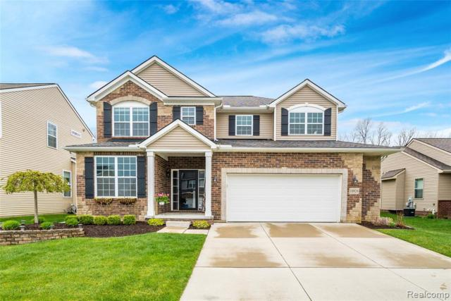 10926 Ridgestone Drive, South Lyon, MI 48178 (#219045977) :: Duneske Real Estate Advisors