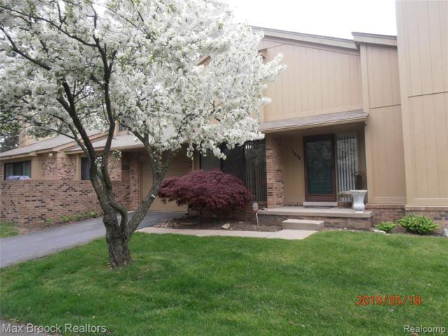 1624 S Hill Circle, Bloomfield Twp, MI 48304 (#219046348) :: RE/MAX Nexus