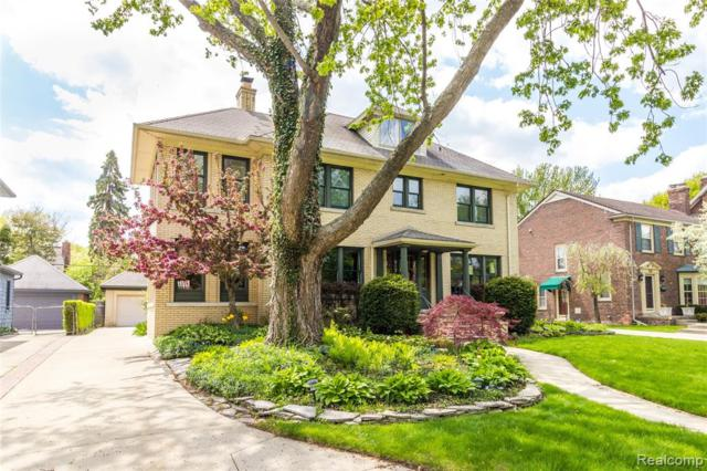 817 Lakepointe Drive, Grosse Pointe Park, MI 48230 (#219046380) :: The Mulvihill Group