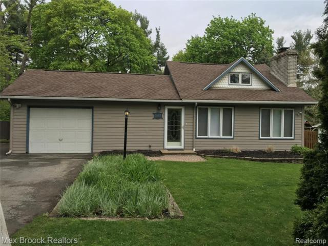 5955 Cummings Drive, Independence Twp, MI 48346 (MLS #219046595) :: The Toth Team