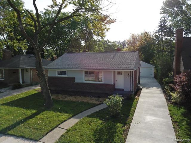 2606 Woodland Avenue, Royal Oak, MI 48073 (MLS #219046630) :: The Toth Team