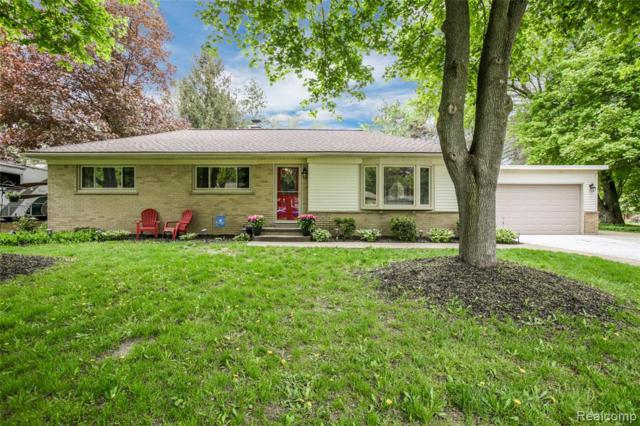 1745 Robell Drive, Commerce Twp, MI 48390 (#219046666) :: KNE Realty 360