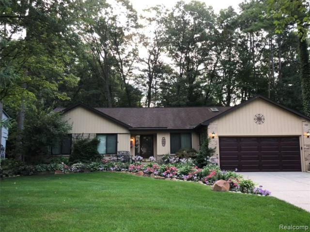 4125 Cumberland Court, Commerce Twp, MI 48390 (MLS #219046763) :: The Toth Team