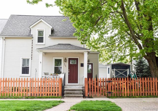 963 Walnut Street, Wyandotte, MI 48192 (#219046894) :: The Buckley Jolley Real Estate Team