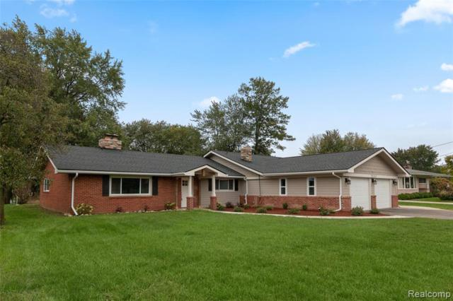 9165 Steephollow Drive, White Lake Twp, MI 48386 (MLS #219046940) :: The Toth Team