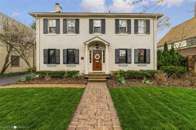 69 Moran, Grosse Pointe Farms, MI 48236 (MLS #58031380596) :: The Toth Team