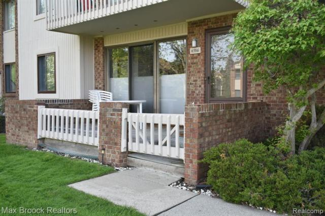 6586 Maple Lakes Drive, West Bloomfield Twp, MI 48322 (MLS #219047192) :: The Toth Team