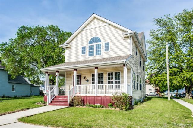 1522 7TH Street, Port Huron, MI 48060 (#219047748) :: The Buckley Jolley Real Estate Team