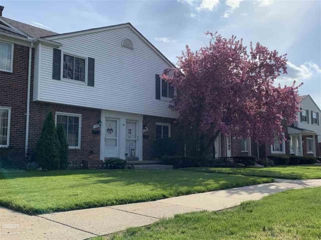 23308 Edsel Ford Court, Saint Clair Shores, MI 48080 (MLS #58031380763) :: The Toth Team