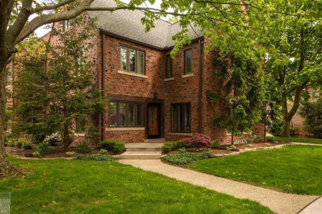 17525 Maumee Ave, Grosse Pointe, MI 48230 (MLS #58031380831) :: The Toth Team