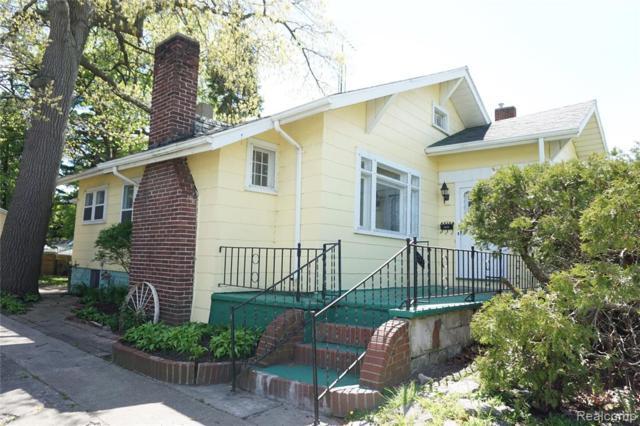 2626 South Boulevard, Port Huron, MI 48060 (#219048188) :: The Buckley Jolley Real Estate Team