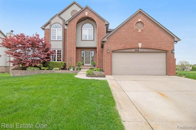 2618 Ivy Hill Drive, Commerce Twp, MI 48382 (#219048208) :: Duneske Real Estate Advisors