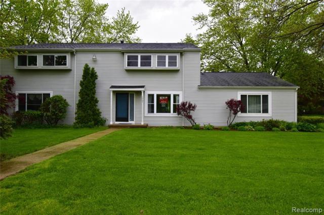 1065 Green Meadows Drive, Grand Blanc Twp, MI 48439 (#219048309) :: The Buckley Jolley Real Estate Team