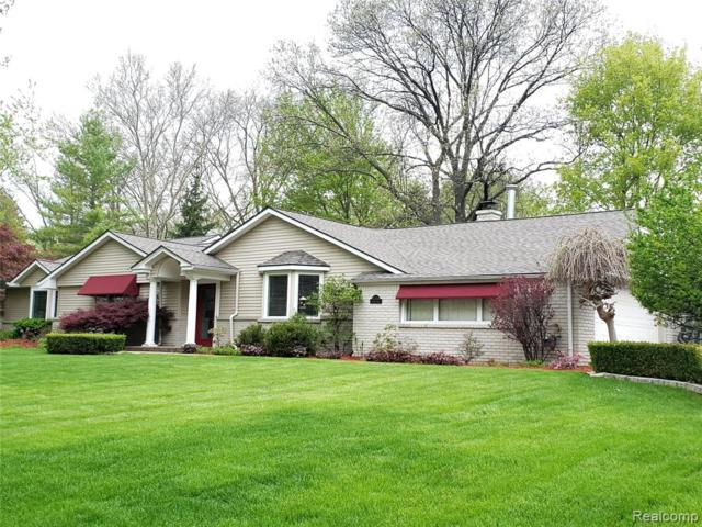4354 Far Hill Drive, Bloomfield Twp, MI 48304 (#219048316) :: Team DeYonker