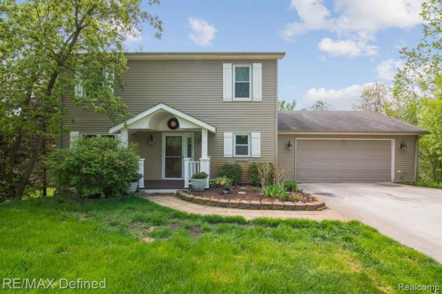 1110 Indian Lake Road, Orion Twp, MI 48362 (#219048481) :: The Buckley Jolley Real Estate Team