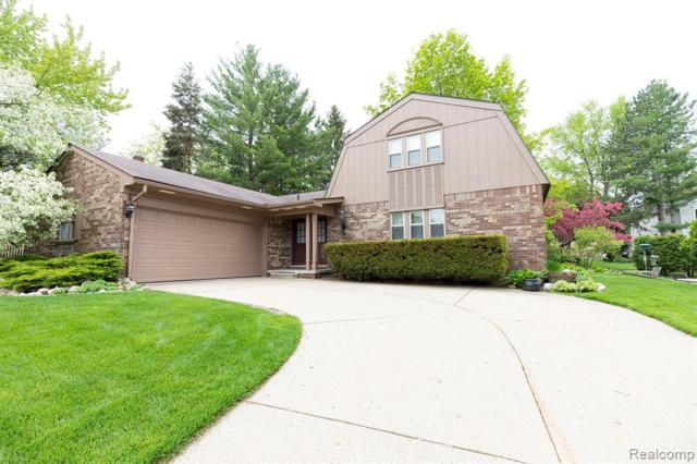 2695 Armstrong Drive, Orion Twp, MI 48360 (#219048498) :: RE/MAX Classic