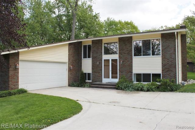 9225 Mcwain Road, Grand Blanc Twp, MI 48439 (#219048736) :: The Buckley Jolley Real Estate Team