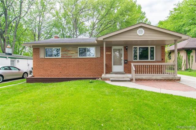 22814 Detour Street, Saint Clair Shores, MI 48082 (#219048778) :: The Buckley Jolley Real Estate Team