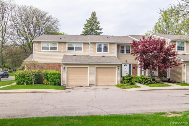 1544 Brentwood Drive, Troy, MI 48098 (MLS #219048846) :: The Toth Team