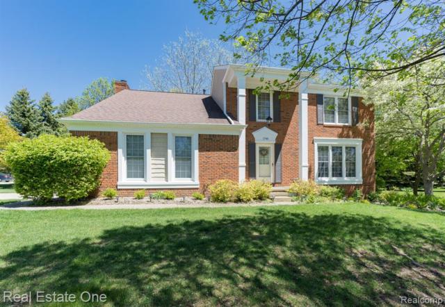 1748 Grandview Drive, Rochester Hills, MI 48306 (MLS #219049021) :: The John Wentworth Group