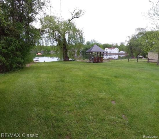 5974 Carroll Lake Road, Commerce Twp, MI 48382 (MLS #219049221) :: The Toth Team