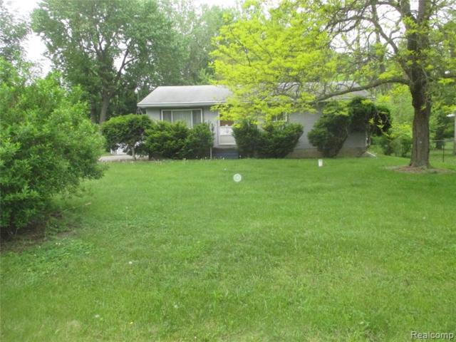 5085 Raymond Avenue, Burton, MI 48509 (#219050616) :: The Buckley Jolley Real Estate Team