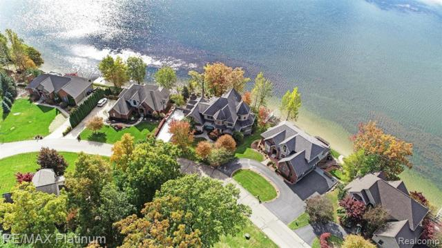 1004 Thompson Shore Drive, Oceola Twp, MI 48843 (#219051237) :: The Buckley Jolley Real Estate Team