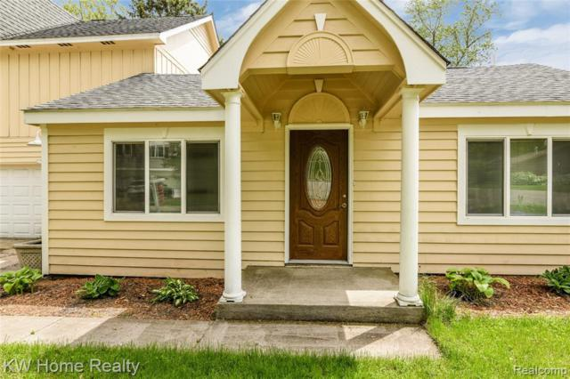 6797 Grassland Avenue, West Bloomfield Twp, MI 48324 (#219051785) :: The Buckley Jolley Real Estate Team