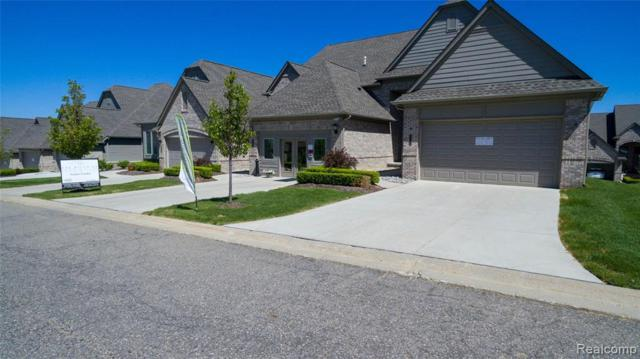 5621 Knob Hill Circle #62, Independence Twp, MI 48348 (#219051920) :: The Mulvihill Group