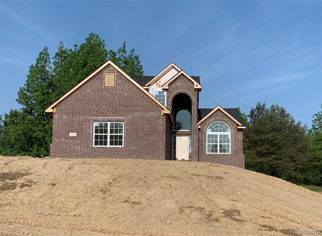 2141 Crested Butte Drive, White Lake Twp, MI 48383 (#219052845) :: The Buckley Jolley Real Estate Team