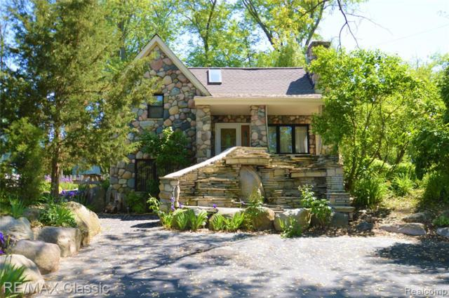 7131 Colony Drive, West Bloomfield Twp, MI 48323 (#219053686) :: RE/MAX Classic