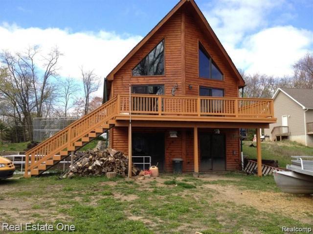 11357 Carpenter, Green Oak Twp, MI 48189 (#219054506) :: The Buckley Jolley Real Estate Team