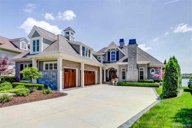 8403 Boulder Shores Drive, Green Oak Twp, MI 48178 (#219055685) :: The Mulvihill Group