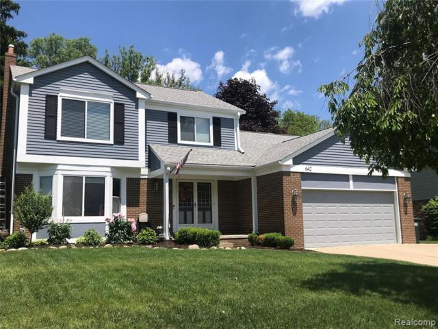 642 Baker Street, Rochester Hills, MI 48307 (#219055894) :: Alan Brown Group