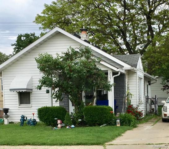 23746 Lambrecht Avenue, Eastpointe, MI 48021 (#219056255) :: GK Real Estate Team