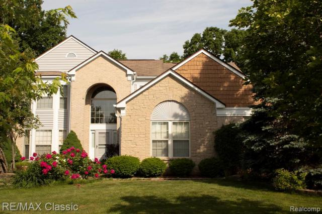 2140 N Woods Court, Canton Twp, MI 48188 (#219056349) :: The Buckley Jolley Real Estate Team