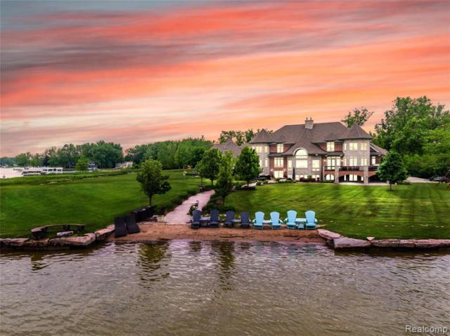 11 Emerald Pointe, Fenton Twp, MI 48451 (MLS #219056352) :: The John Wentworth Group