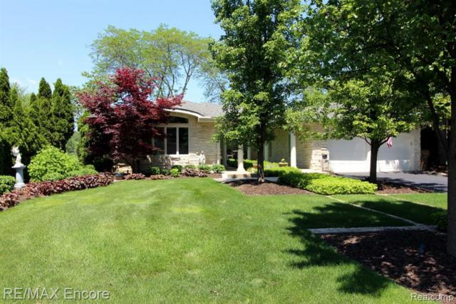 6323 Middle Lake Road, City Of The Vlg Of Clarkston, MI 48346 (#219056619) :: Keller Williams West Bloomfield