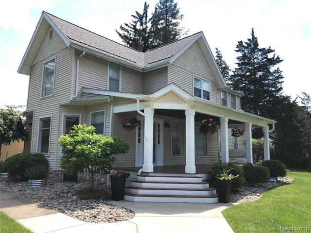 902 S Leroy Street, Fenton, MI 48430 (#219056708) :: The Alex Nugent Team   Real Estate One