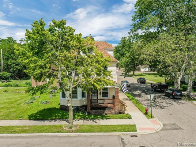2200 Parker Street, Detroit, MI 48214 (#219056929) :: The Buckley Jolley Real Estate Team