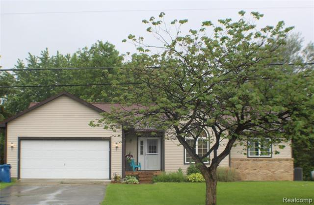 12518 N Holly Road, Holly Twp, MI 48442 (#219057241) :: Keller Williams West Bloomfield